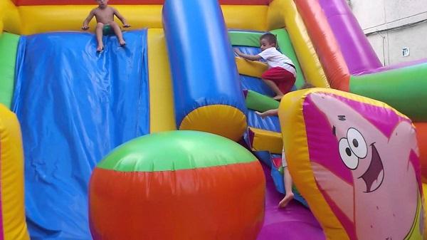 5 ideas de fiestas temáticas en colegios