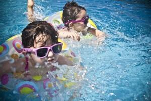 Cómo hacer fiestas temáticas de agua en el colegio