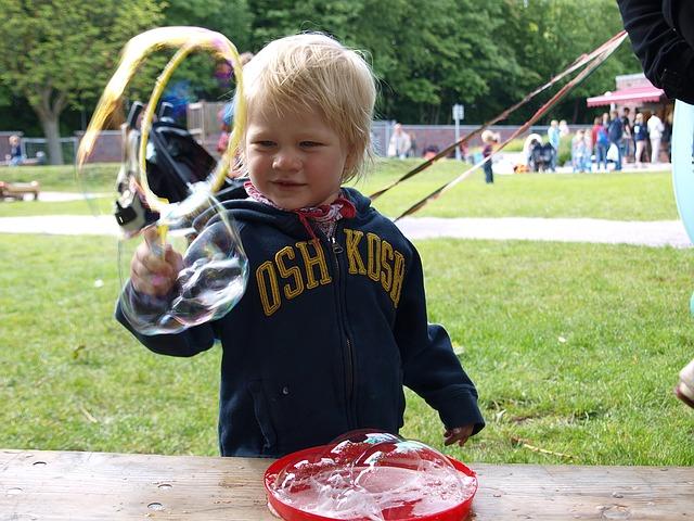 Consejo para que los niños participen en las fiestas escolares de una forma animada
