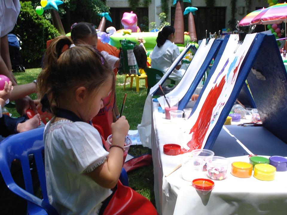 Como elegir una actividad extraescolar para tu hijo-Tipos-arte