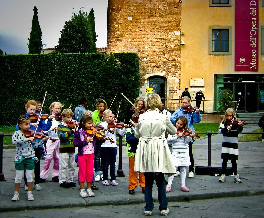 Como elegir una actividad extraescolar para tu hijo-Tipos-musica